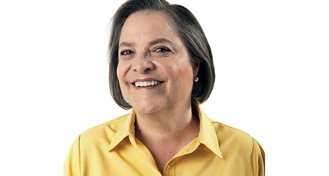 Ministra de Trabajo y Protección Social: Clara López Obregón (Polo Democrático).