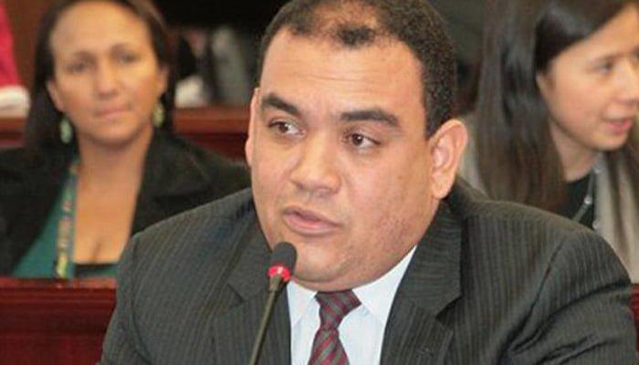 Senador Antonio Correa, cita a debate de control político en plenaria de Senado, por problema de pandillas