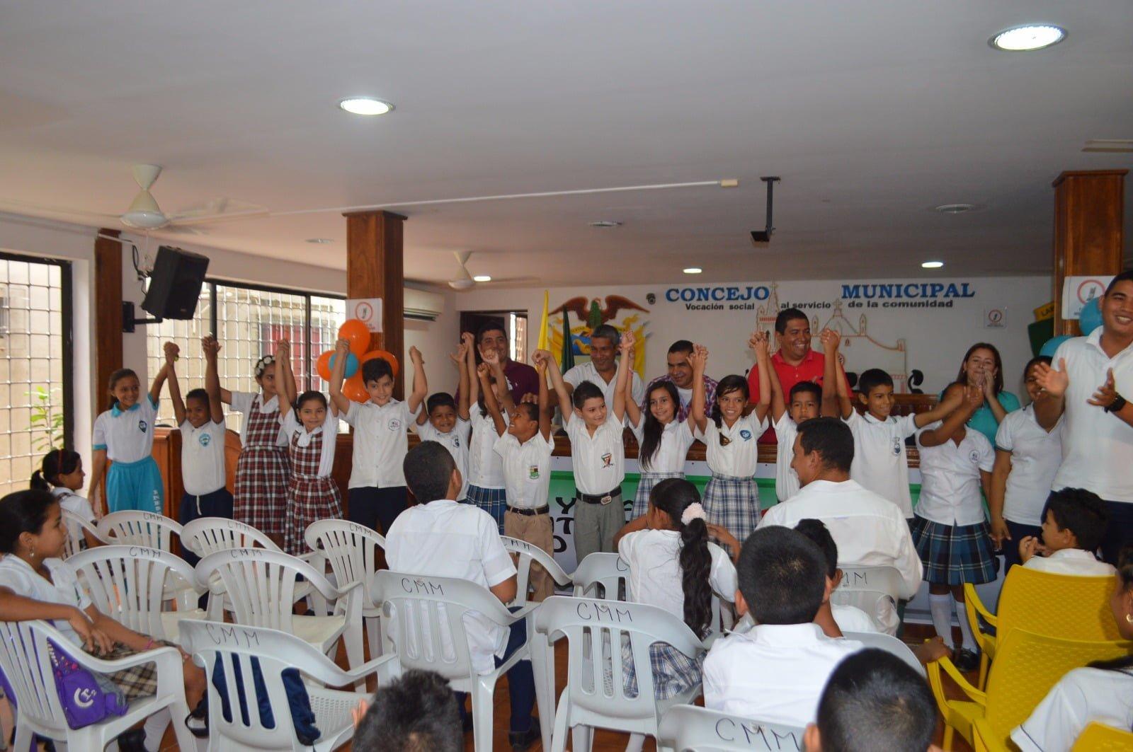 Se eligió niño alcalde y concejalitos en Montelíbano
