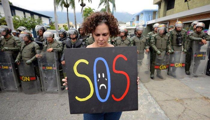 Maduro hizo un llamado al diálogo con la oposición
