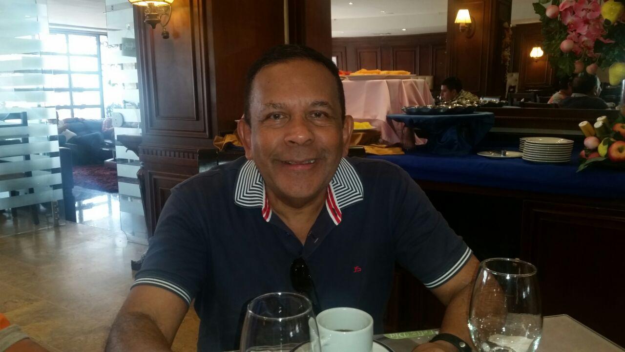 El maestro Francisco Zumaque recibe título de doctorado honoris causa