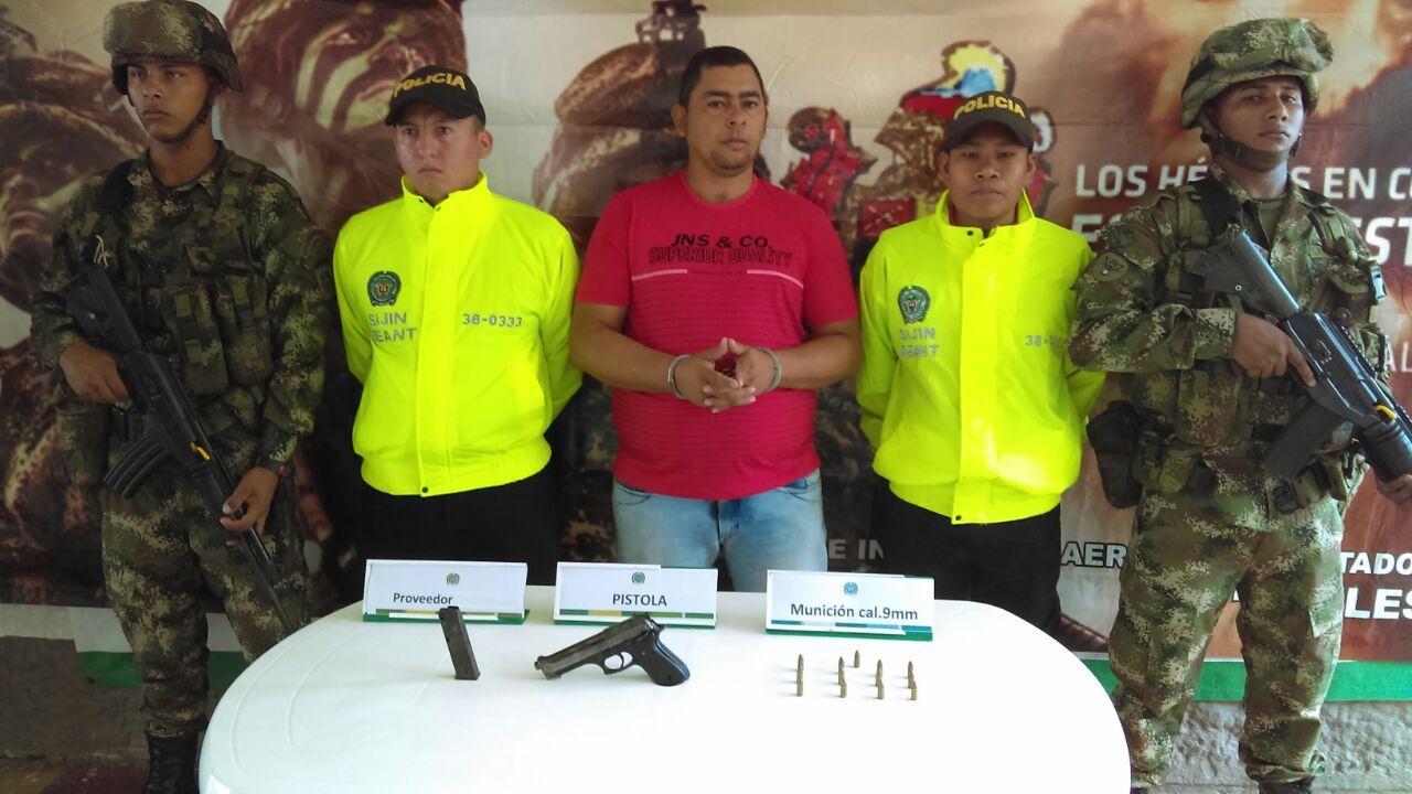 El Ejercito ubico una caleta con armas en el corregimiento Puerto Lopez,  Antioquia