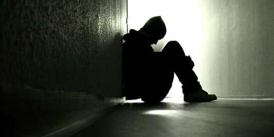 Estudio revela las enfermedades que pueden padecer las personas solitarias