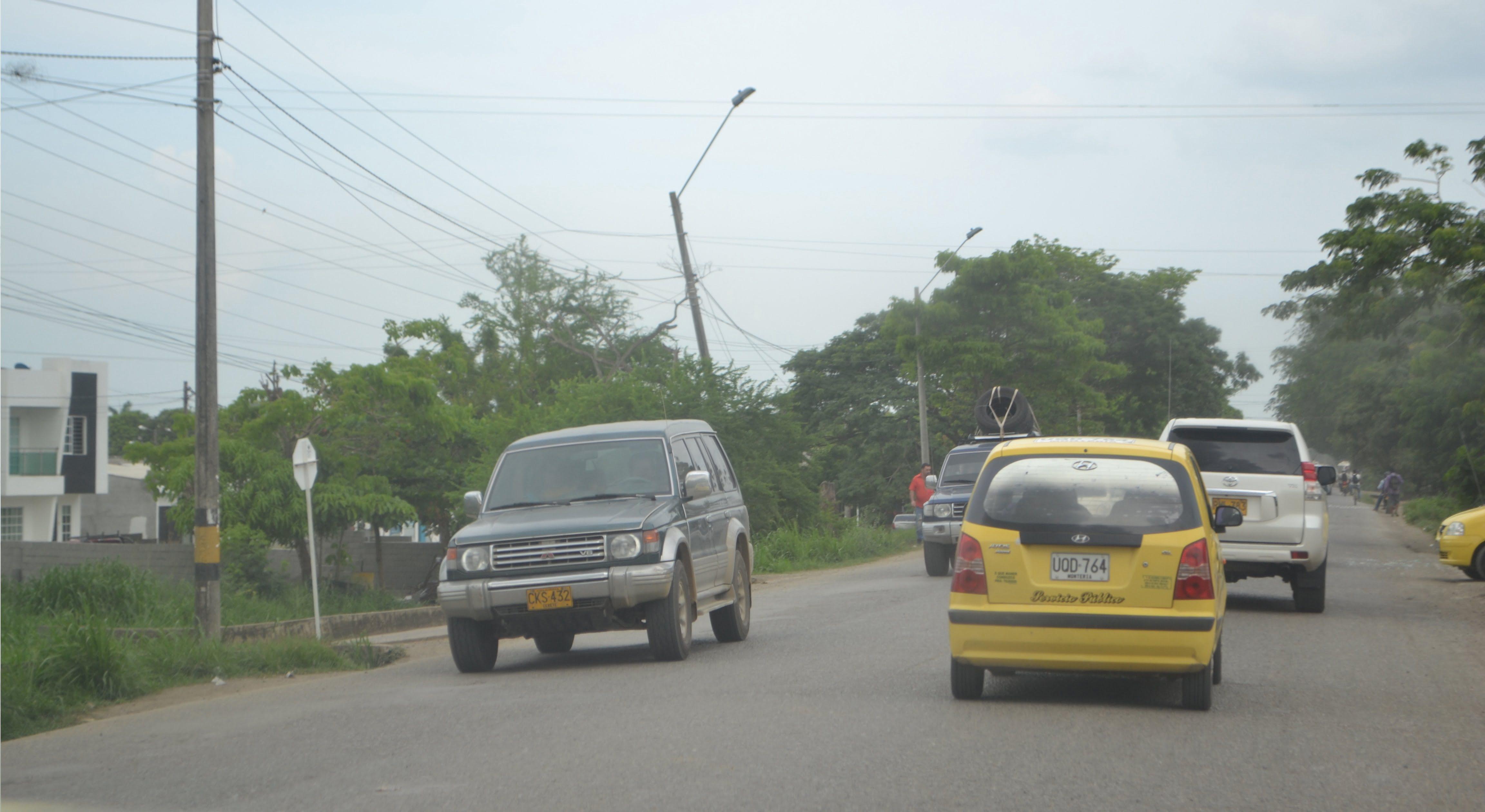 Sensibilización y control al gremio de taxistas en Montería