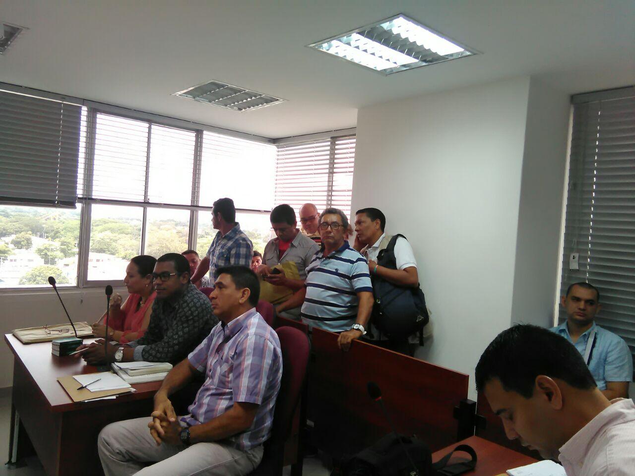 """""""Autoridades en Montería están enredando el asunto del fiscal"""": familiares de víctimas"""