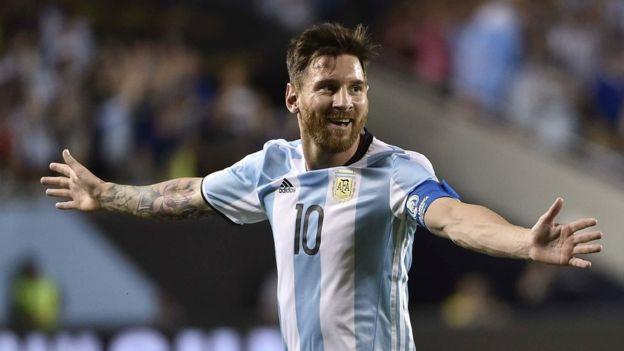 Messi se convirtió en el máximo goleador histórico de la selección Argentina