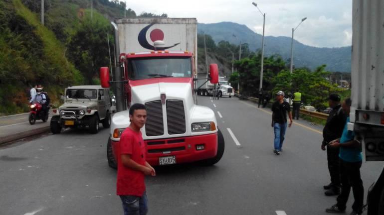 No llegan raciones alimentarias a niños pobres en Antioquia, por paro camionero