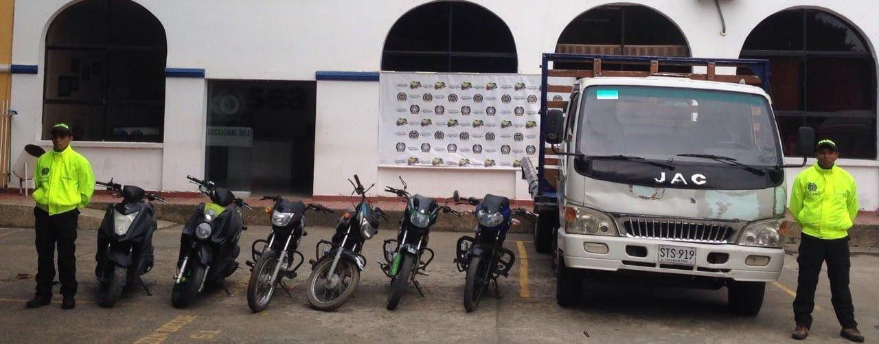 """En operación """"Cazador """" la Policía recuperó camión y seis motocicletas"""