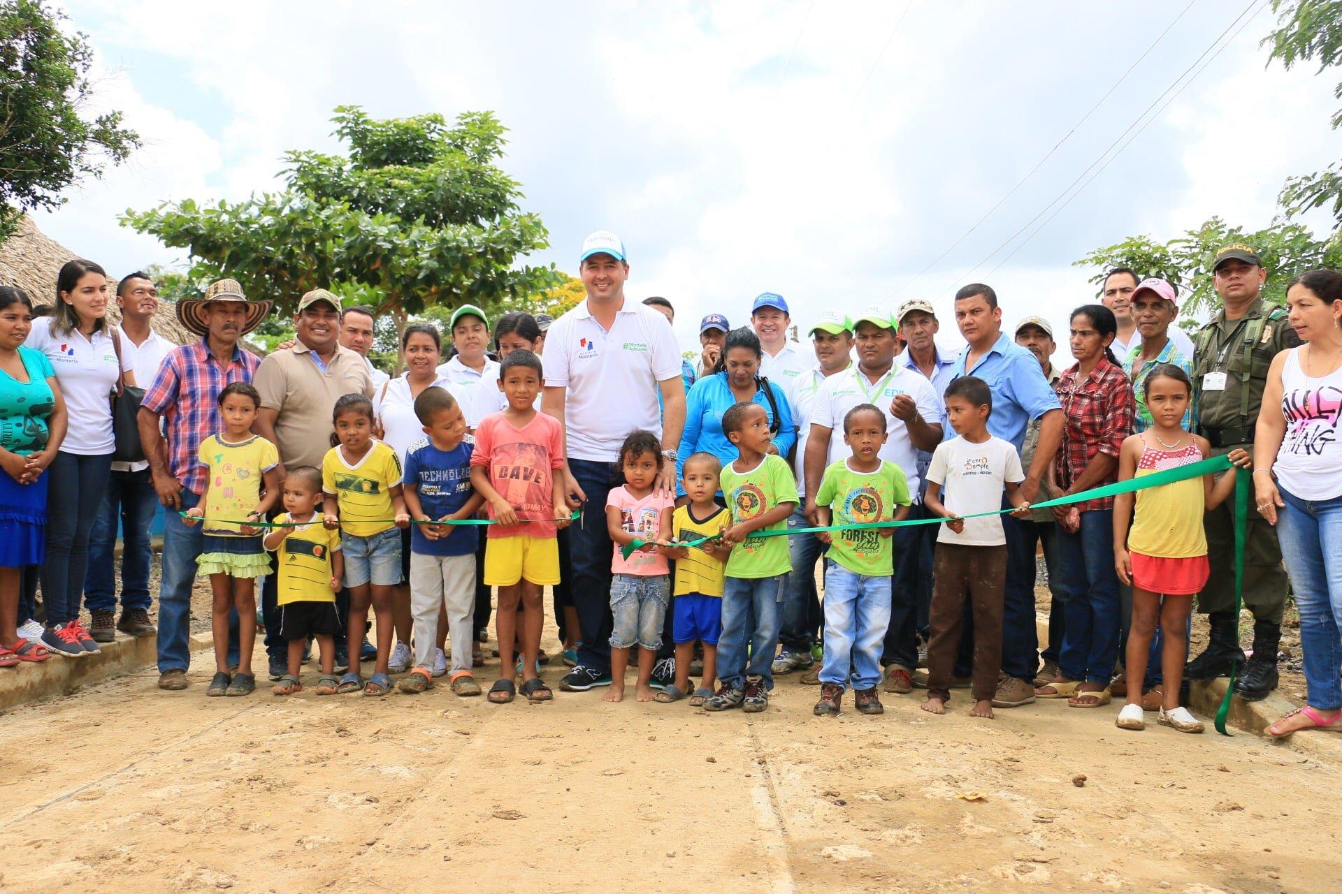 Alcalde y equipo de gobierno hicieron recorrido rural