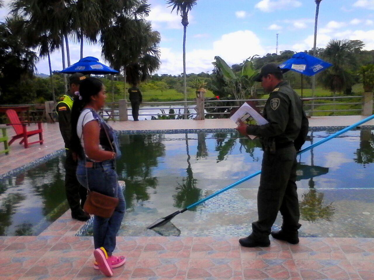 Policía inspecciona hoteles y balnearios de Córdoba