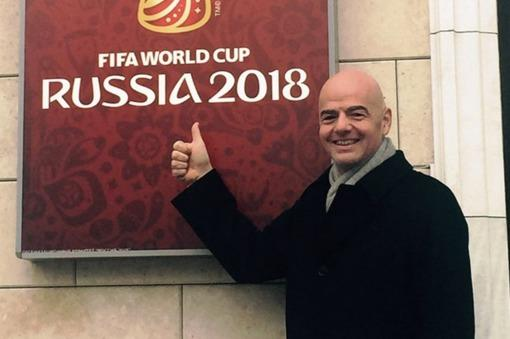 El presidente de la FIFA quiere «agrandar» los mundiales