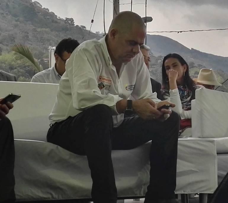 Vicepresidente Germán Vargas Lleras reconoce que el paro camionero se desbordó