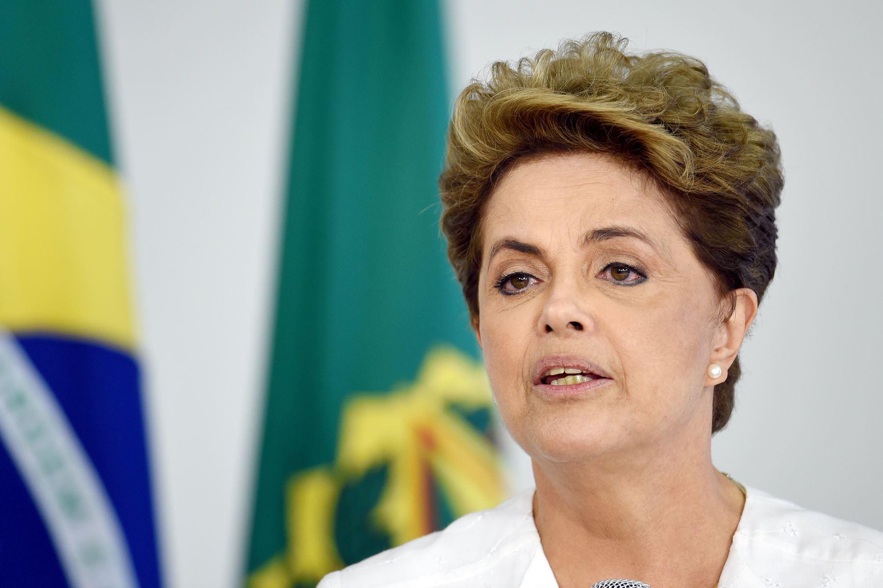 """Dilma Roussef hizo un llamado al senado """"No condenen a una inocente"""""""