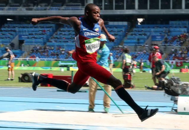 Jhon Murillo, gana diploma olímpico en salto triple masculino