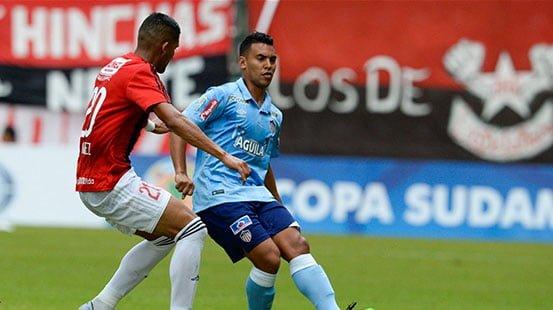 Triunfo de Junior en su debut por Sudamericana