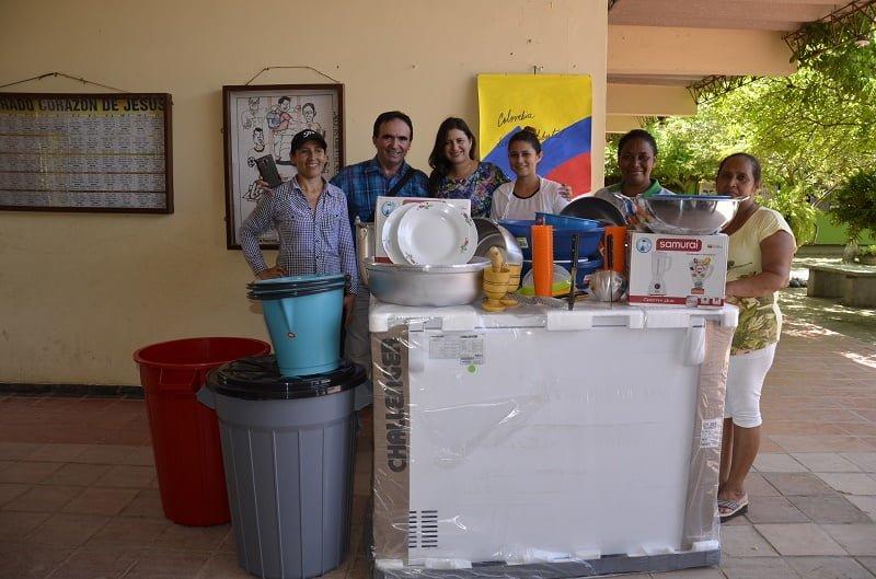Dotan comedores escolares diario la piragua for Comedores escolares en colombia