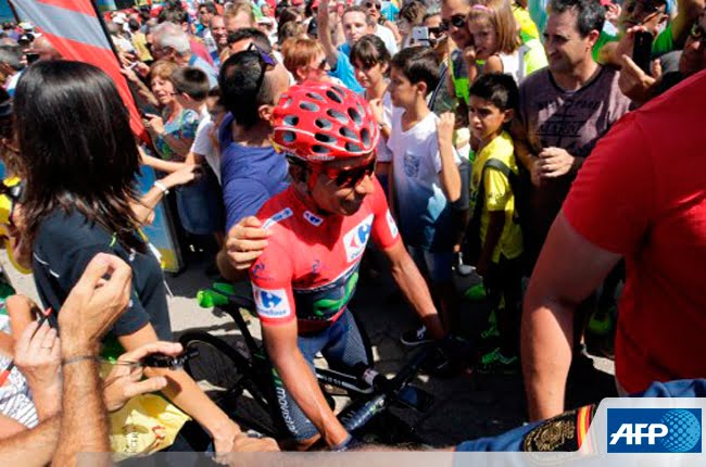 Nairo Quintana sigue de líder y volvió a poner en apuros a Froome