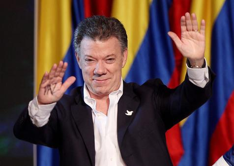 epa05574185 (FILE) A file picture dated 15 June 2014 shows Colombian reelected president Juan Manuel Santos during a speech in his campaign headquarters in Bogota, Colombia. Santos has won the 2016 Nobel Peace Prize, the Royal Academy of Sciences in Stockholm, Sweden, announced on 07 October 2016.  EPA/LEONARDO MUNOZ