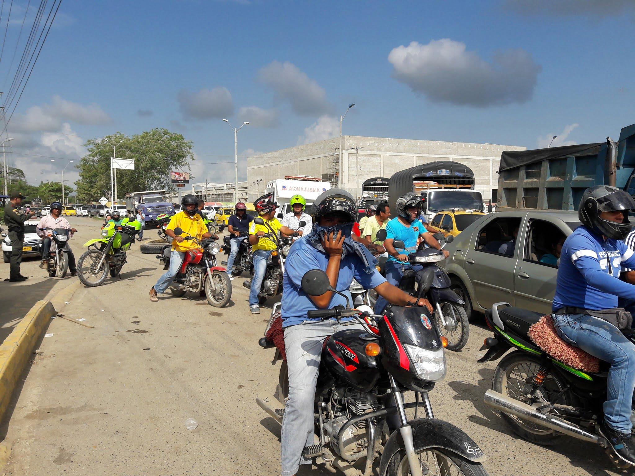 Mototaxistas protestan