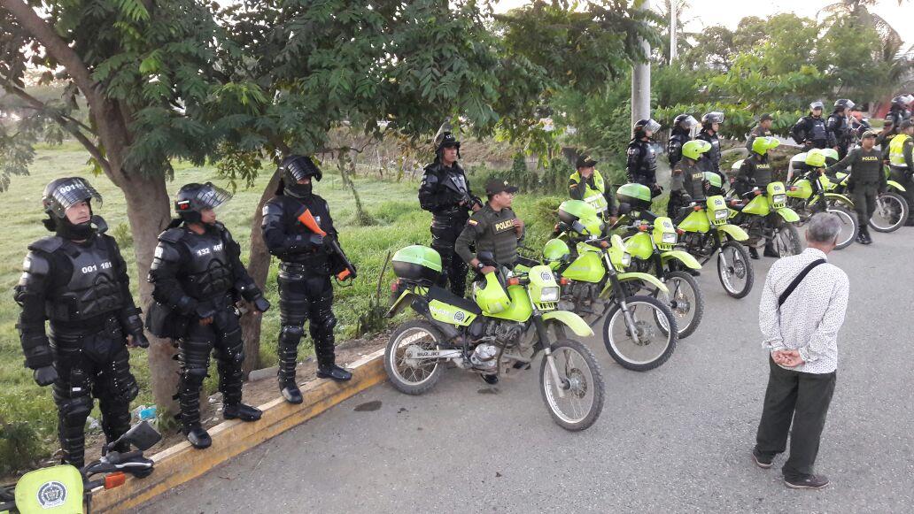 Continúan las protestas de los mototaxistas en Cantaclaro