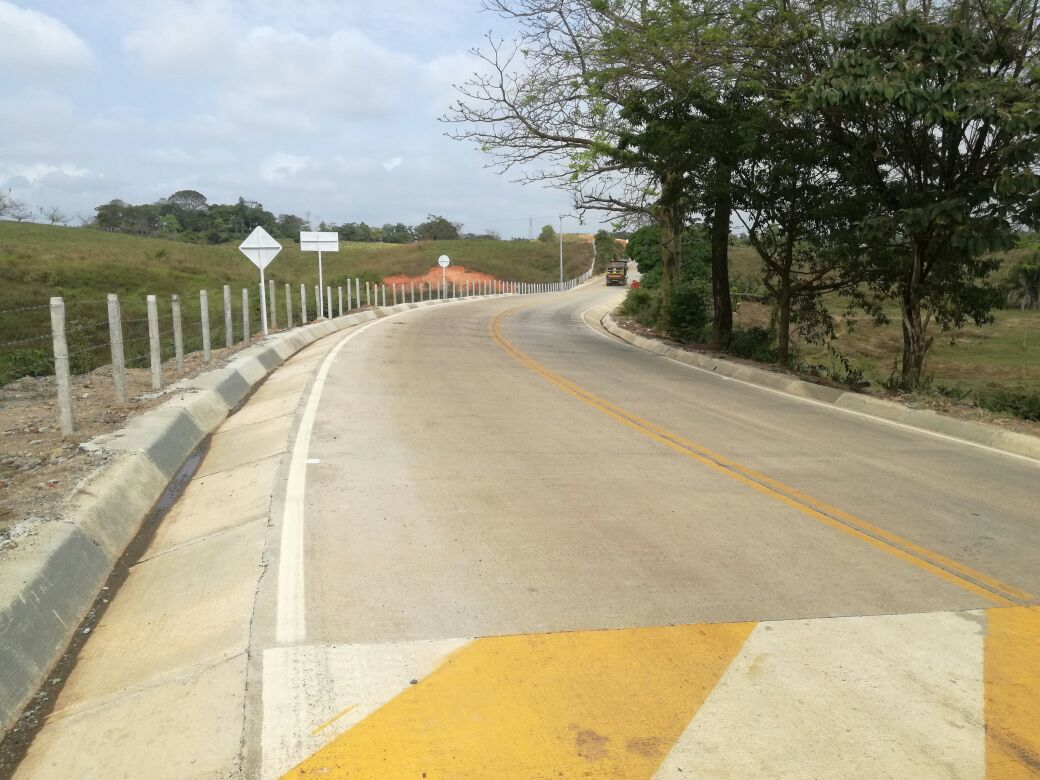 Se logró pavimentación de la vía a Puerto Libertador