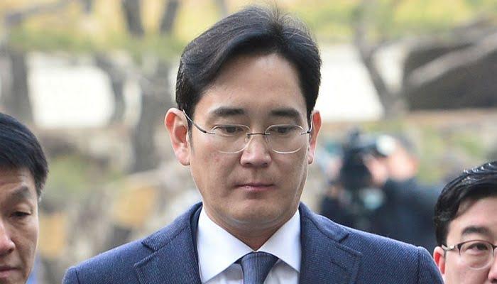 Capturan al vicepresidente de Samsung por soborno