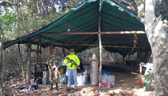 Ejército neutraliza Laboratorio Ilegal del Clan del Golfo para el procesamiento de Clorhidrato de Cocaína