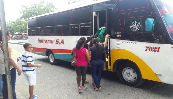Delincuentes utilizan nueva modalidad delictiva para atracar buses