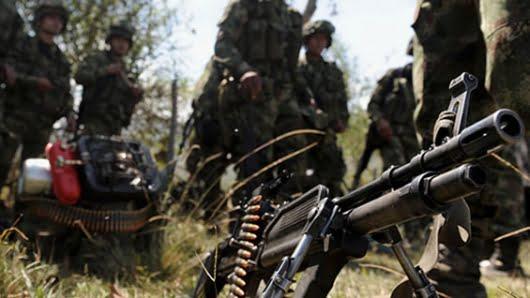 Ejército y Clan del Golfo se enfrentan en Puerto Libertador