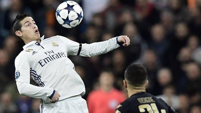 Con James como titular, Real Madrid ganó 3-1 al Nápoles en la ida de los octavos de final
