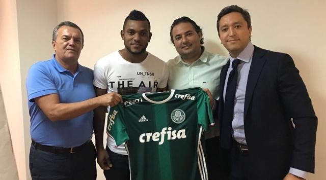 Miguel Ángel Borja ya es nuevo jugador del Palmeiras