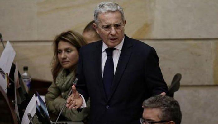 Uribe pidió perdón a madres de Soacha
