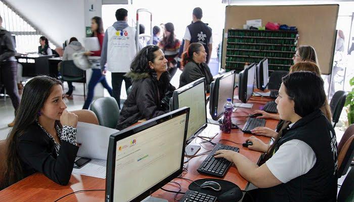 En el Día de la Mujer, trabajo digno y formal con el SENA: más de 6 mil vacantes para las colombianas