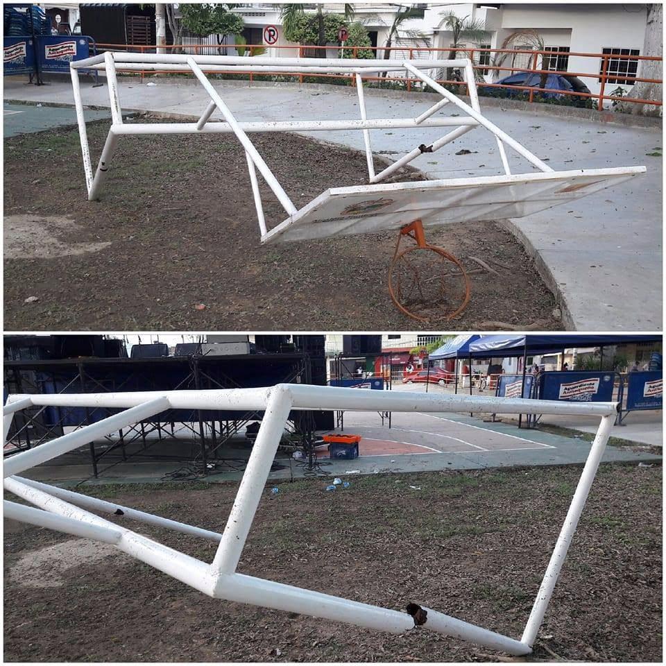 Porterías de cancha de microfútbol en polideportivo del Centenario deterioradas
