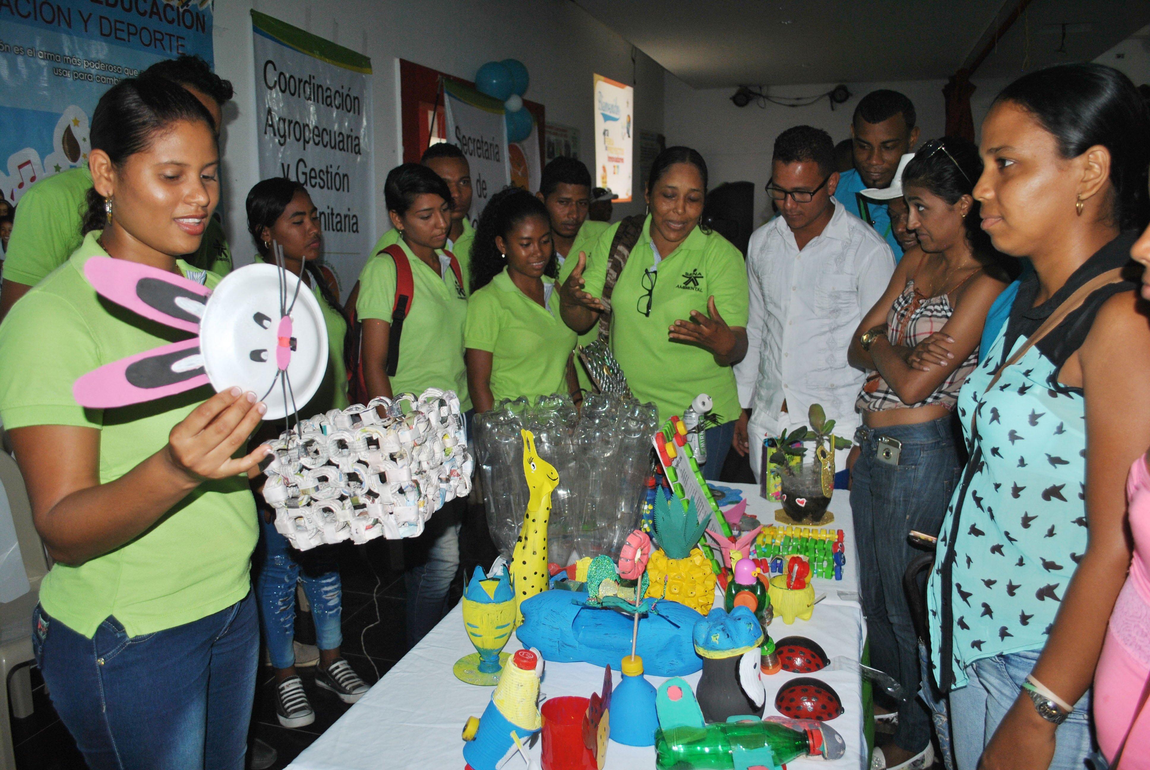 Aprendices SENA mostraron sus ideas de negocio en feria de proyectos Innovadores