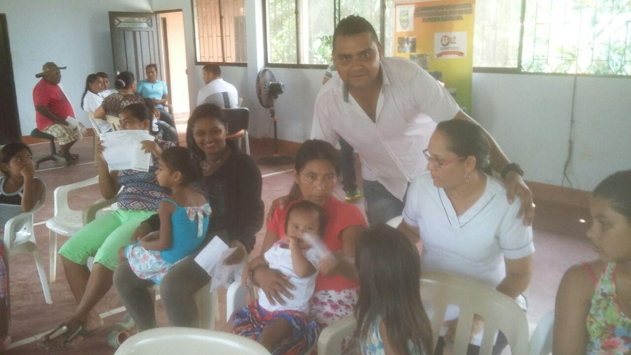 Brigadas de salud en San José de Uré