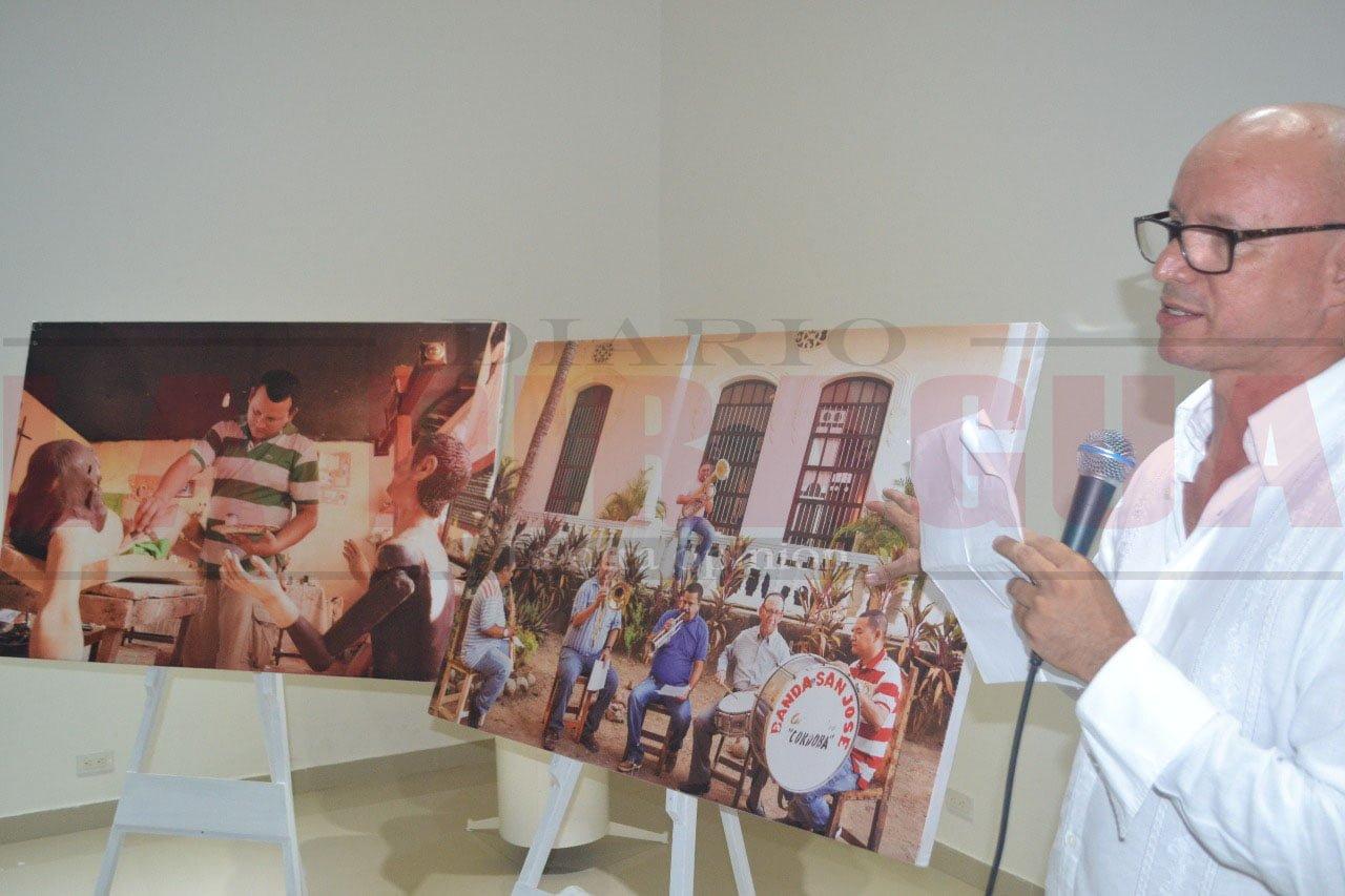 Biblioteca Juana Domínguez abre exposición fotográfica