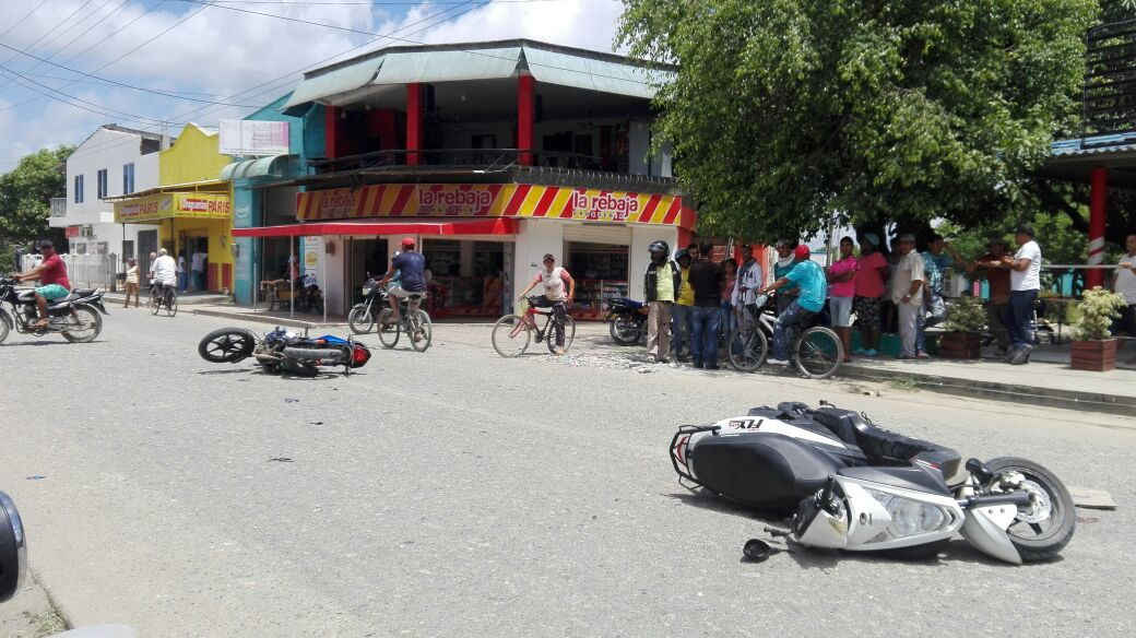 Dos heridos tras accidente en moto, en La Pradera