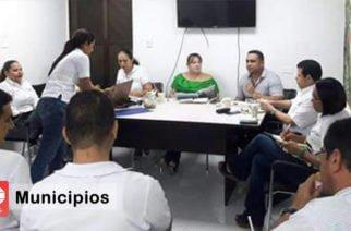 En mesa de trabajo evalúan programas de salud en Gallo