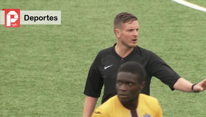 Ryan Atkin se convierte en el primer árbitro homosexual del fútbol británico