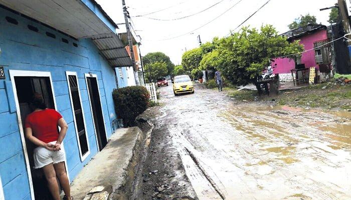 Polvo y lodo ocasionan problemas de salud entre residentes de Balboa