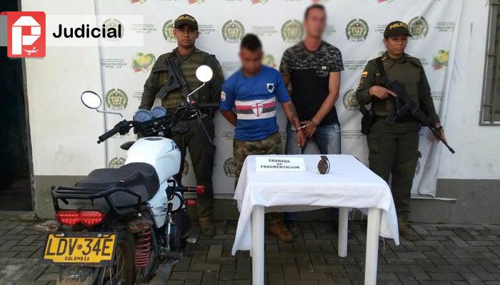 Dos capturados por el delito de fabricaci n tr fico for Porte y tenencia de armas