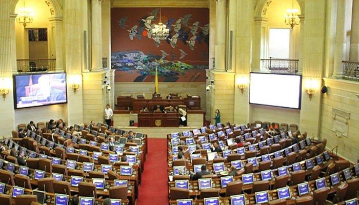 Congreso aprobó estatuto que permite a las Farc participar en política en 2018