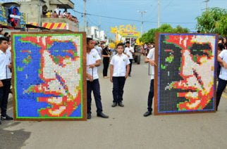 De Festicultura  Desfile inaugural, un espectáculo alrededor de la cultura sahagunense