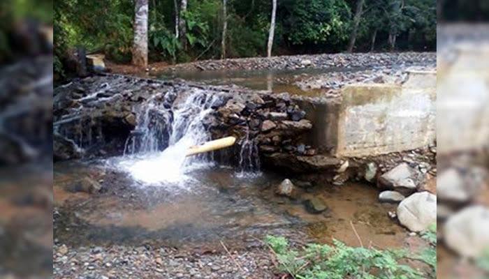 En Santa Fe Las Claras beben agua contaminada