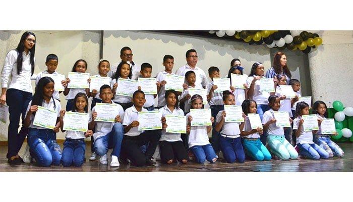 Culminó el primer nivel en el programa Bilingüismo para la Paz