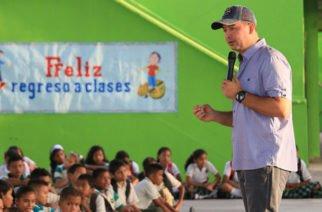 Colegios oficiales de Montería iniciaron clases de manera simultánea