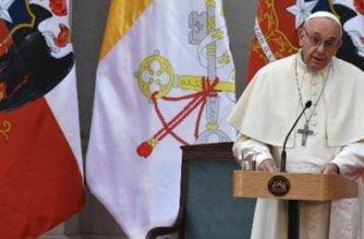 """Papa Francisco expresa """"dolor y vergüenza"""" por abusos sexuales de clérigos"""