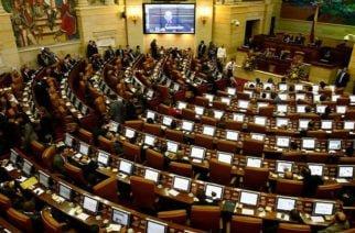 Senado contempla reducción del 20% en el SOAT para motociclistas