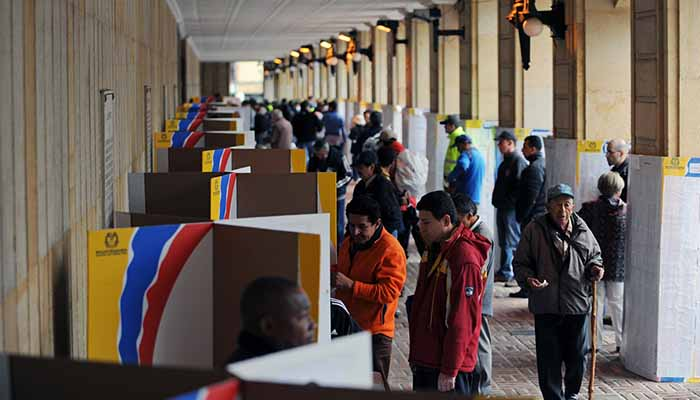Para las elecciones de octubre serán obligatorias firma y huella
